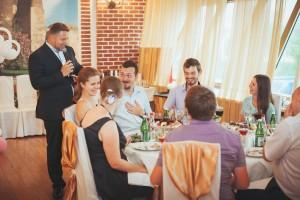 Общение с гостями